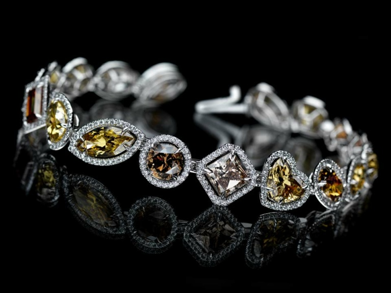 MULTI COLOUR FANCY SHAPE DIAMOND BRACELET